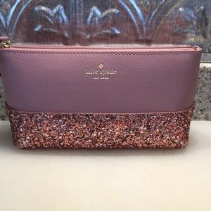 Kate Spade cosmetician bag/small clutch